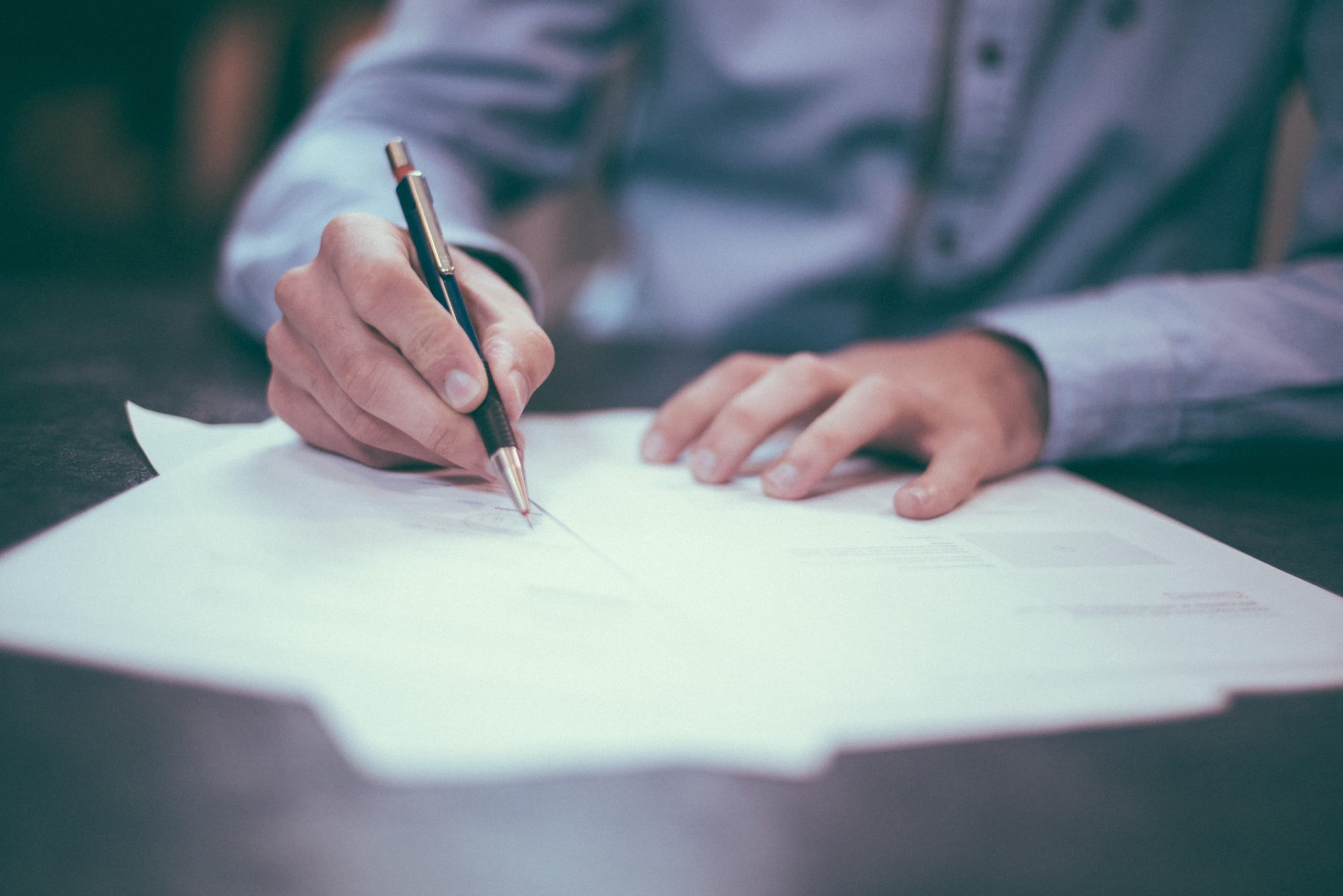 Why A Building Contract Should Be At Least 50 Pages!